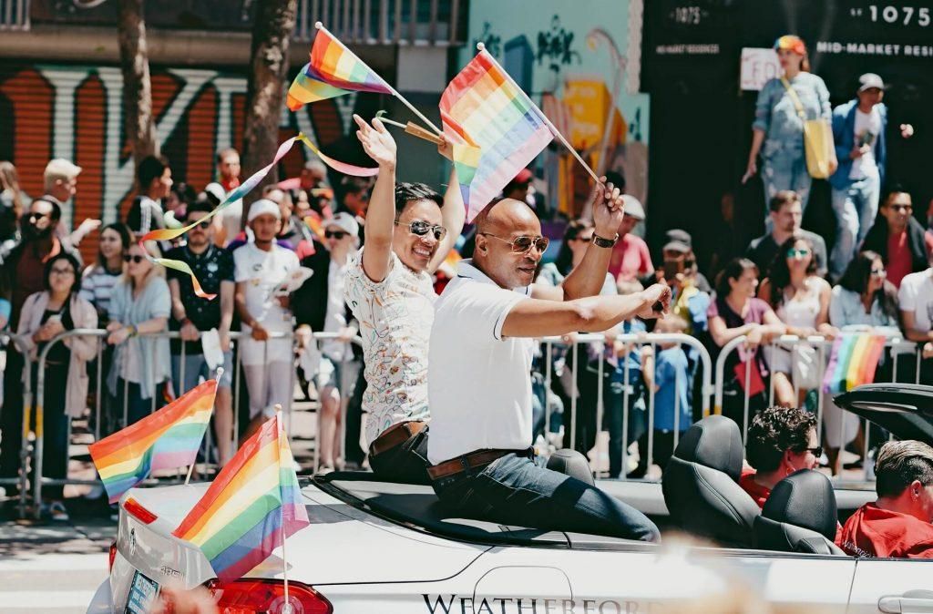 pride month 2020 gay vodka auf Rechnung kaufen